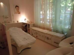 Predivan stan i razrađen kozmetički centar u Njegoševoj ulici u Beogradu