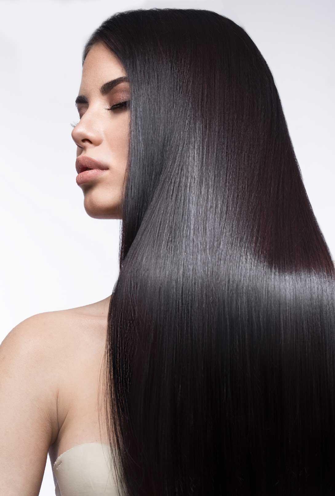 crna duga ravna kosa nakon tretmana Kosta hair proizvodima