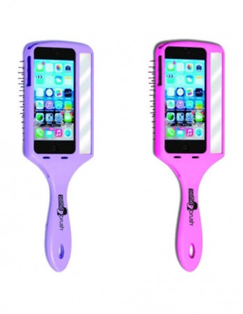 The Wet Selfie brush
